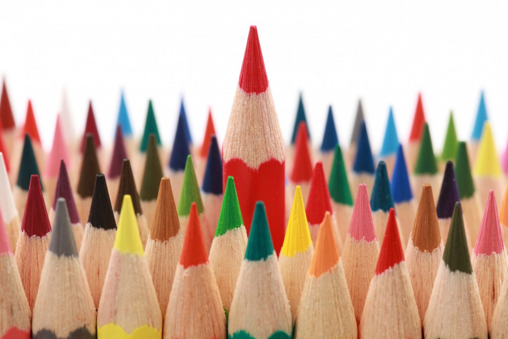 cropped-photo-red-pencil-standing-out1.jpg